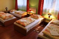 YAC - Green Hostel Premium Krakow, Halicka 14a street - Youth Accommodation Krakow